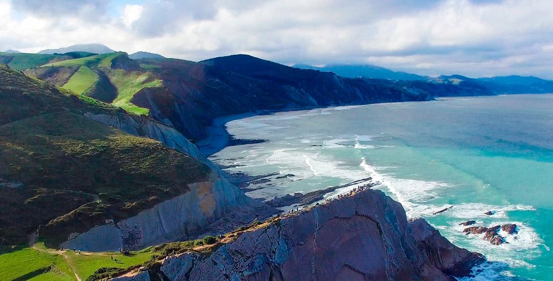 Trabajo con dron para turismo por piloto de drones en españa